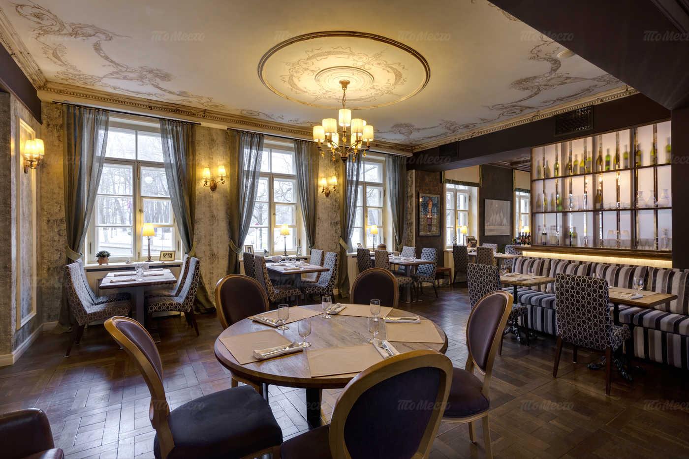 Ресторан Джакомо (Giacomo) на Средней улице