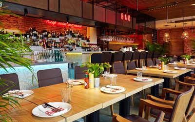 Банкетный зал ресторана Crabber в Берсеневском переулке фото 1