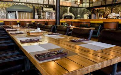 Банкетный зал ресторана Factoria Beer & Grill на Вятской улице фото 3