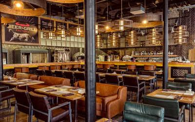 Банкетный зал ресторана Factoria Beer & Grill на Вятской улице фото 1