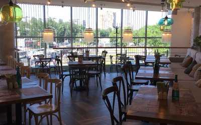 Банкетный зал ресторана Chili pizza на Гражданском проспекте фото 3
