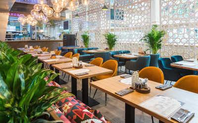 Банкетный зал ресторана Чайхона Жаровня на Театральном проезде фото 3