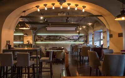 Банкетный зал кафе Gino bar e cucina в Биржевом переулке фото 2