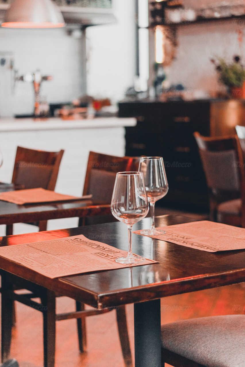 Кафе Сиберика (Siberika) на набережной Лейтенанта Шмидта
