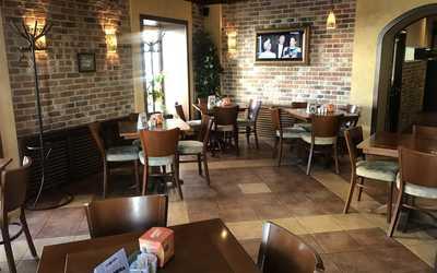 Банкетный зал кафе Атмосфера на Чкаловском проспекте фото 1