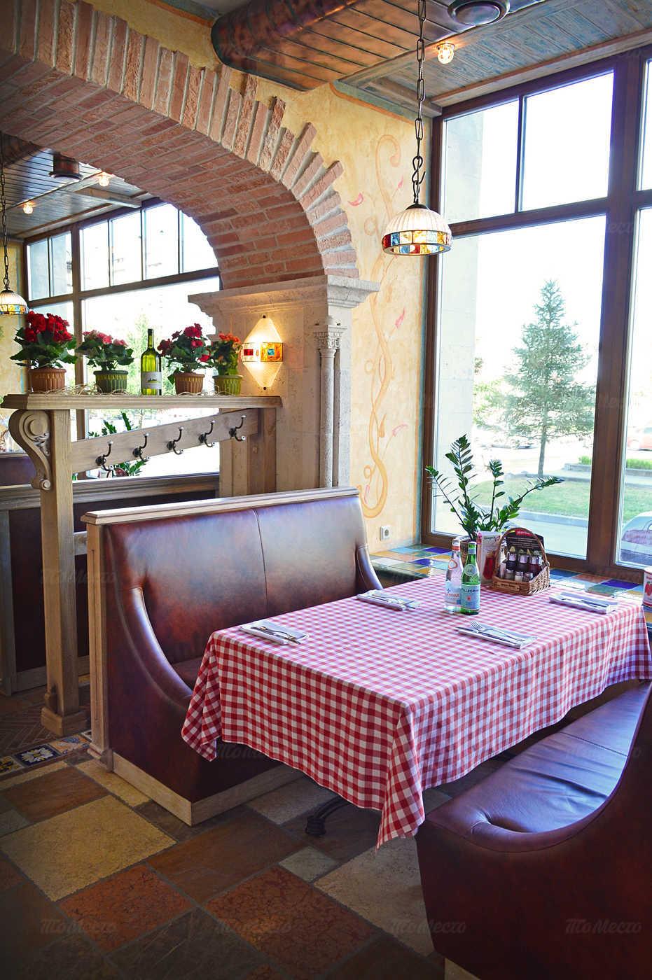 Ресторан Мама Рома (Mama Roma) на проспекте Большевиков фото 6