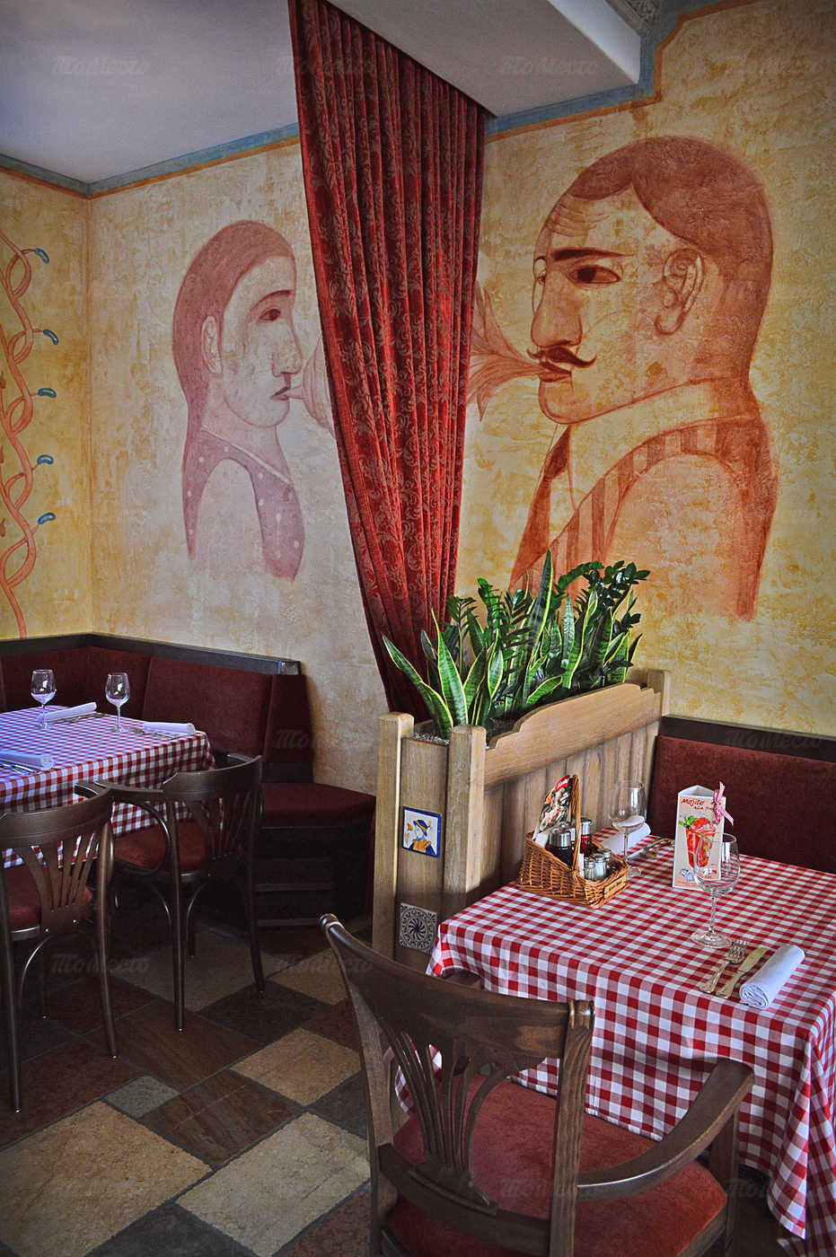Ресторан Мама Рома (Mama Roma) на проспекте Большевиков фото 7