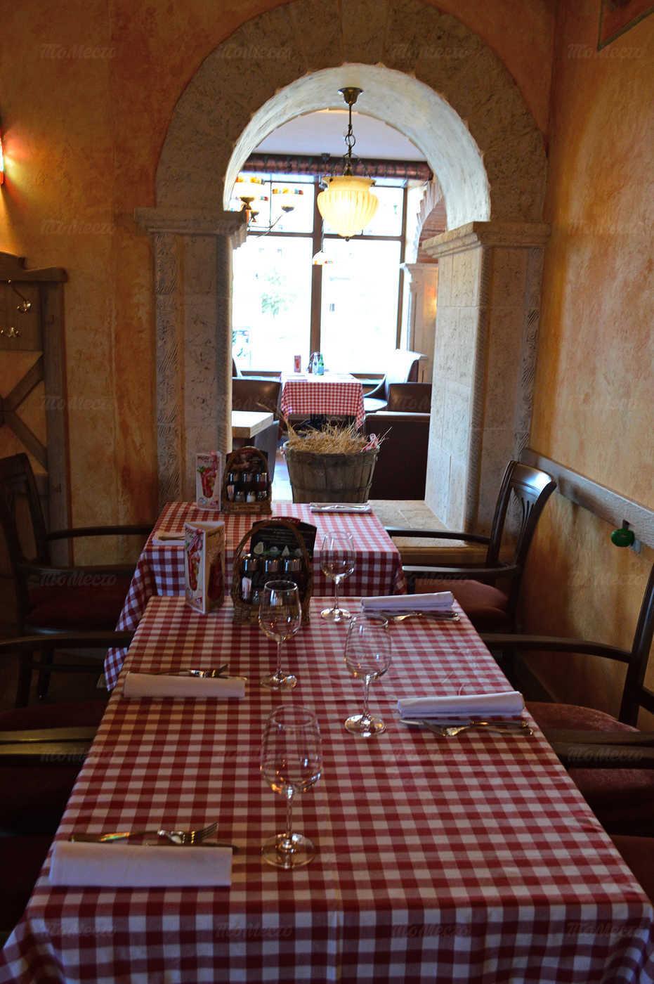 Ресторан Мама Рома (Mama Roma) на проспекте Большевиков фото 3