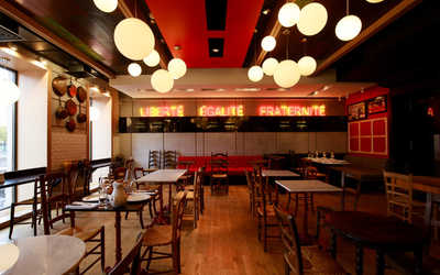 Банкетный зал ресторана Bistrot Le Moujik на Фонтанке фото 3