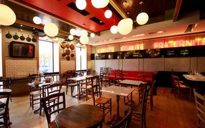 Банкетный зал ресторана Bistrot Le Moujik (Ле Мужик) на Фонтанке фото 1