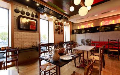 Банкетный зал ресторана Bistrot Le Moujik (Ле Мужик) на Фонтанке фото 2