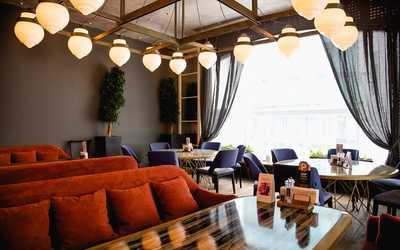 Банкетный зал ресторана Гранд Урюк на улице Сакко и Ванцетти фото 2