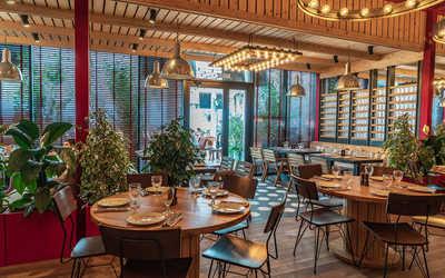 Банкетный зал ресторана Клево (быв. Белочка) на улице 65 лет Победы фото 2
