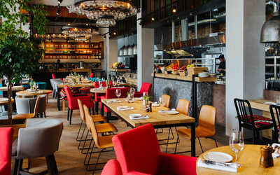 Банкетный зал ресторана Высота 5642 на ул. 65 лет Победы фото 2