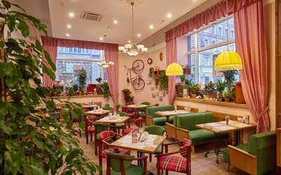 Банкетный зал кафе Вареничная №1 на Мясницкой улице фото 1