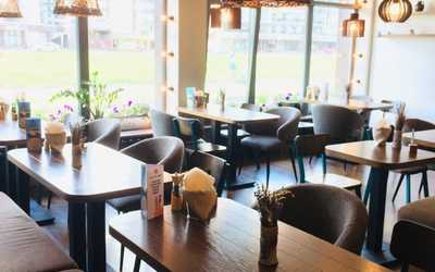 Банкетный зал ресторана 26/12 Pizza and Burger на Адмирала Трибуца фото 1