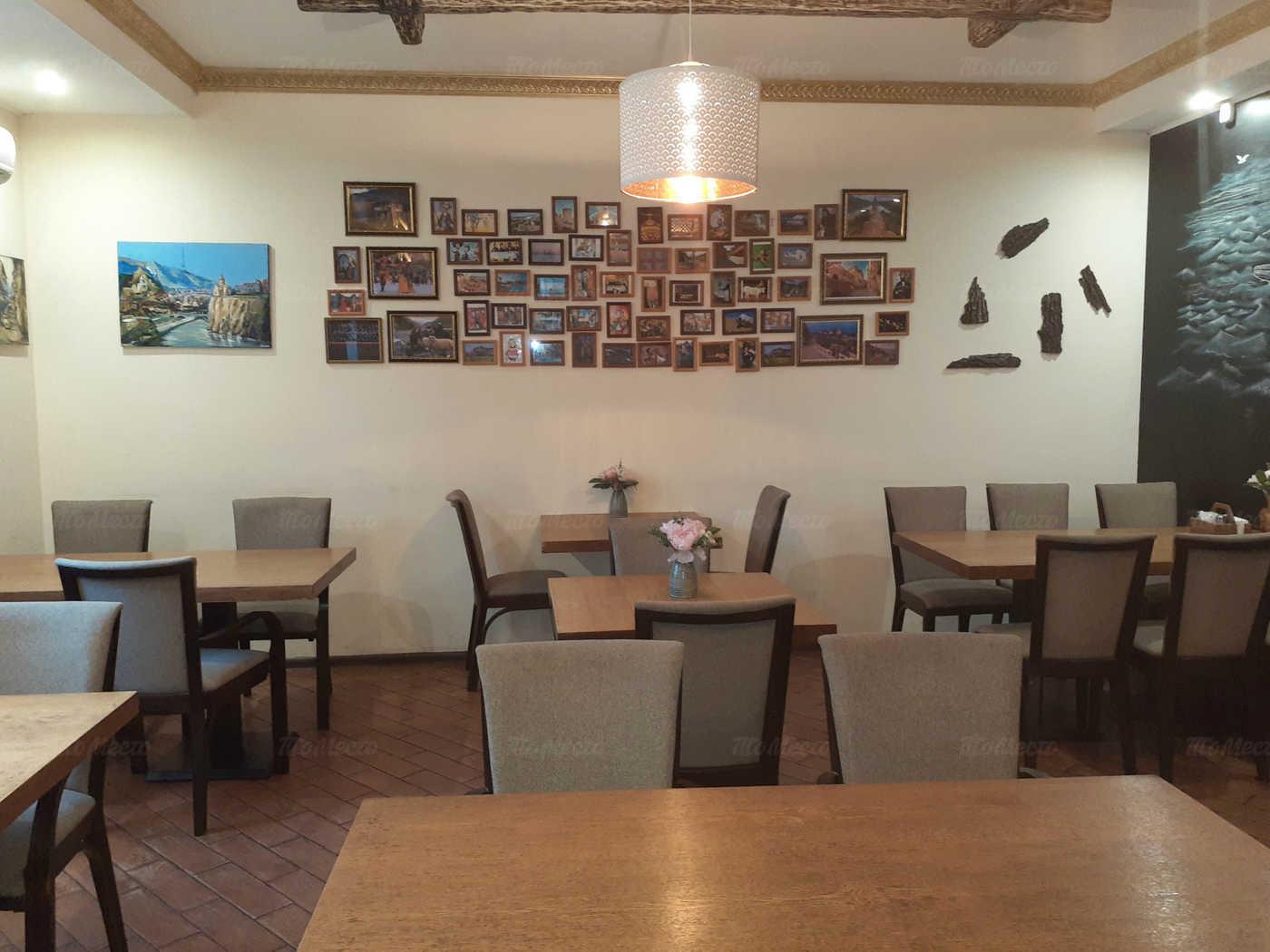 Кафе Багратиони на ул. Барклая фото 6