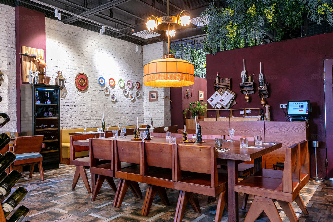 Ресторан Есть хинкали, пить вино на Поварской фото 3