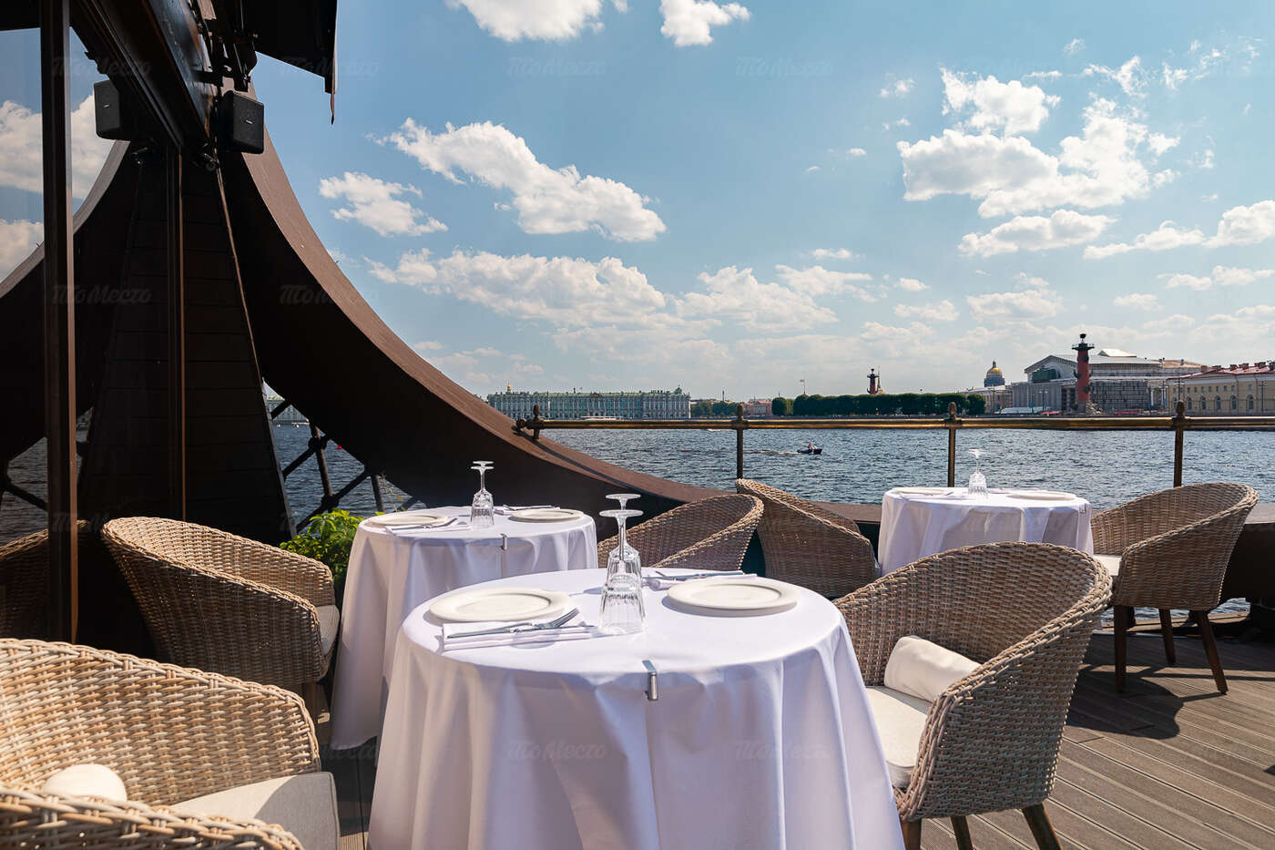 Ресторан 1703 на Мытнинской набережной фото 17