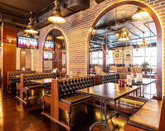 Темпл Бар (Temple Bar)