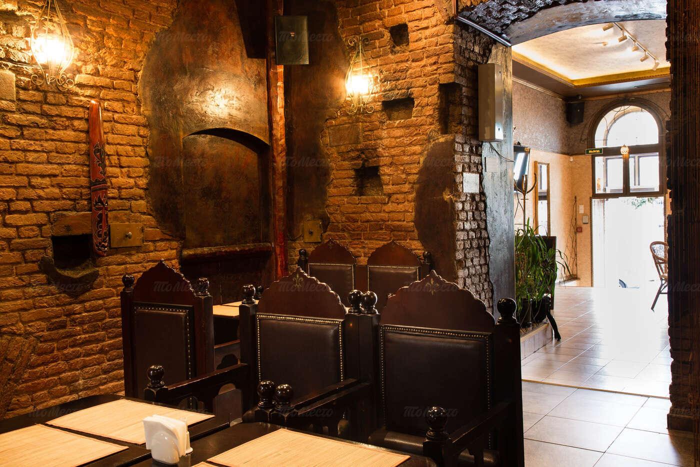 Ресторан BISTRO A-STYLE (Бистро астайл) на набережной реки Фонтанки