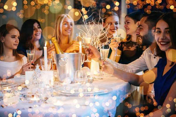 Отметить новый год в ресторане